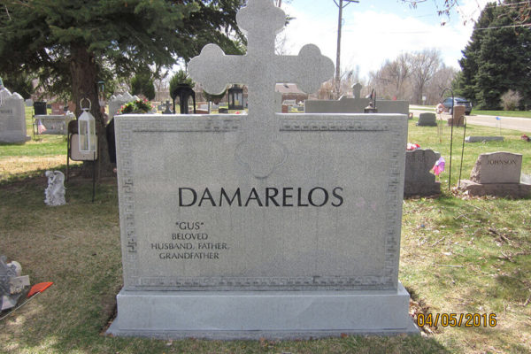 DAMARELOS_BACK