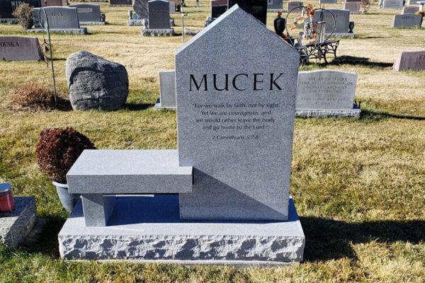 Mucek Back